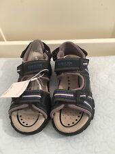 Geox Strada Boys Unisex Youth kids Sandals Beach shoes- Uk Kids Size 13 (EU 32)