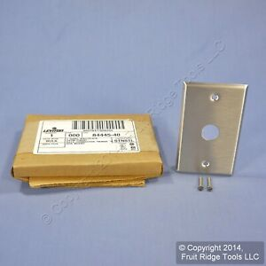 Leviton NON-MAGNETIC Stainless Steel Wallplate BNC Twinax D Connector 84445-40