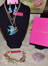 3PC BETSEY JOHNSON STUNNING BLUE FISH NECKLACE CORAL EARRINGS MULTI CHARMS BRAC