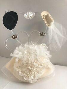 Elegant Glass Hearts Western, Cowboy Hats, Ivory Cake Top