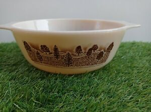 Pyrex Rustic Trees Series Forest Pattern 29a  2 Pint Casserole Serving Dish