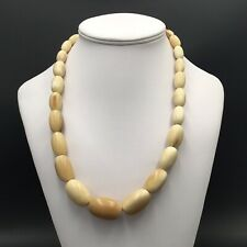 Grand Collier Ancien Perles De Forme Olive vers 1960 Vintage Necklace
