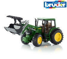 Bruder Toys 02052 John Deere 6920 Tractor with Front Loader + Jaws 1:16 Scale