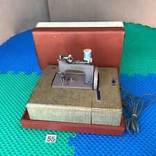 Singer Sewhandy 20 child's Sewing Machine Electric Hard Case Vintage miniature
