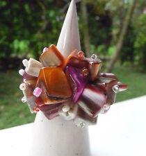 Bague en pierres nacrées orange rose fuschia rouge artisanat Indonésie