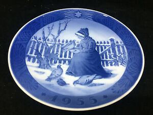 1955 Royal Copenhagen Christmas Plate Blue White Danish Fano Girl Denmark Kai
