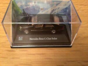 CARARAMA - MERCEDES-BENZ C-CLASS SEDAN  1/72 SCALE / 00 GAUGE MODEL CAR