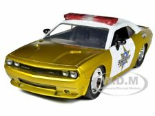 2008 DODGE CHALLENGER SRT8 SHERIFF GOLD 1/24 DIECAST CAR MODEL BY JADA 96460