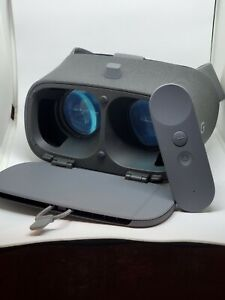 Google Daydream 2nd Generation View VR Headset Charcoal Gray