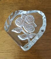 Vintage Beautiful Glass Rose Art Heart Shaped Paperweight Roses