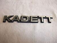 o1k Original Oldtimer Auto Emblem Typenschild alter Schriftzug Marke Opel KADETT