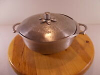 Vintage Everlast Metal Forged Aluminum Hammered Covered Casserole Bowl Pan USA