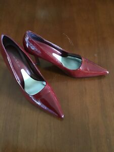 """Amanda Smith Womens Patten Leather Heels Dark Red Size 8M Preowned 3 1/2"""" heel"""