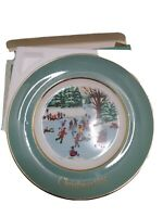 AVON Christmas Plate 1975 Skaters On The Pond 4th Edition Enoch Wedgwood In Box