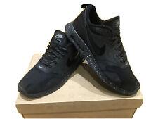 Mens Nike Air Max Tavas Trainers Size 8 Black