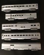 Lot 5 HO Scale Athearn Santa Fe Train Cars Silver 3246, 500, 3150, 3406, 3446