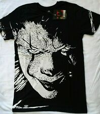 It The Movie Pennywise The Clown Face Closeup B & W T-Shirt