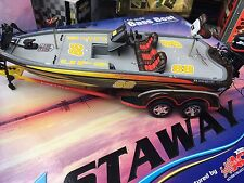 Action Castaway Dale Jarrett #88 UPS 2001 Ranger Bass Boat & Trailer 1/24