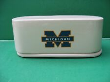 UNIV  OF  MICHIGAN  WOLVERINES  CERAMIC  BUTTER  DISH     MADE  IN  USA