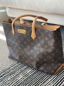 Classis Monogram Louis Vuitton Tote