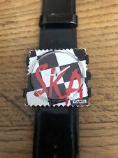 Montre STAMPS SKA Bracelet Noir Trés Peu Porté