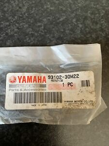 YAMAHA Outboard Oil Seal 93102-30M22 Genuine