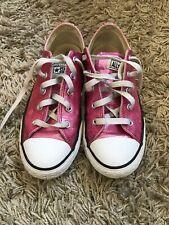 Ladies/Junior  Converse size 3