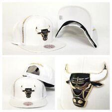 Mitchell & Ness Zipper White / Gold Metal Badge Chicago Bulls snapback Hat Cap