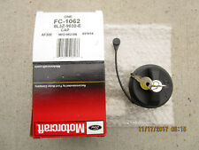 08 - 11 LINCOLN TOWN CAR FUEL GAS TANK FILLER CAP TETHER WITH KEY LOCK OEM NEW
