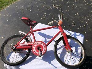 VINTAGE HEDSTROM KIDS BIKE, BICYCLE, RARE, ALL ORIGINAL PAINT 1983
