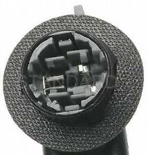 Standard Motor Products S585 Tail Light Socket