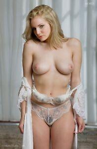 Liz Ashley 5546 Fine Art Studio Nude 8.5x11 Photo Hand-Signed by Craig Morey