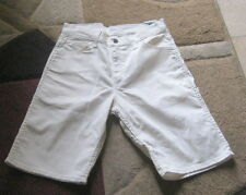 new ladies LEVI'S 569  LOOSE STRAIGHT SHORTS  OFF  WHITE   W 30 ***