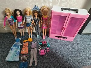 Barbie Dolls. Wardrobe.Clothes.Shoes.Bundle