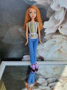 MY SCENE SHOPPING SPREE MALL KENZIE doll