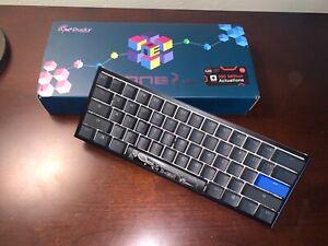 ducky one 2 mini cherry mx blue