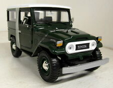 Motormax 1/24 Scale 79323PTM Toyota FJ40 Dark green Diecast model car