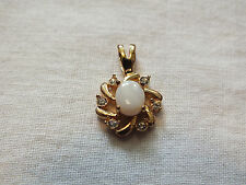 Beautiful Collectible Gold Tone Pendant Clear Rhinestones Opal Cabochon NICE