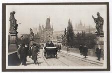 Photo Voiture à cheval Attelage Pont Saint Charles Carriole Prague Tchéquie 1920
