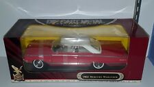 1/18 ROAD SIGNATURE 1964 MERCURY MARAUDER RED with WHITE TOP pd