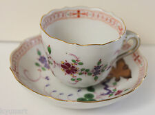 A Fine Meissen Kakiemon Style Demitasse Cup And Saucer, Ca 1890