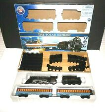 Lionel The Polar Express 28Piece Battery Operated Train Set 7-11925 New Open Box