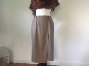 Ladies Beige Wool Skirt By HOUSE OF BRUAR UK 12 Excellent Pre Loved Condition !
