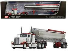 Peterbilt 389 36 Flattop Sleeper Cab with Walinga Tandem-Axle Bulk Feed Trailer