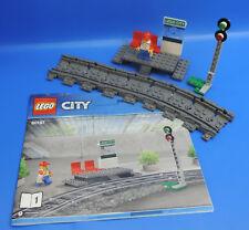 LEGO® City Eisenbahn 60197 Bahnhof Bahnsteig mit Figur + 8 Flex Schienen