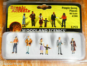 Woodland Scenics #1959 ( People Going Places ) HO Scale, 1:87 Scale Figures
