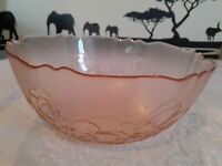 """Arcoroc France Serving Bowl With Embossed Flowers 9"""" Pink Glass"""