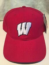 Wisconsin fitted cap-CLASSIC Wavy W-7 5/8-K@@L Badgers team LID-DEAL ON!