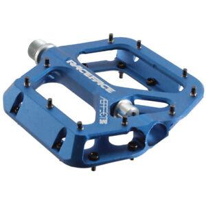 RaceFace Aeffect Platform Pedal: 9/16 Blue