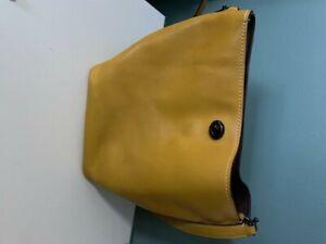 COACH LEGACY Yellow Leather Bucket Shoulder Crossbody Duffle Bag